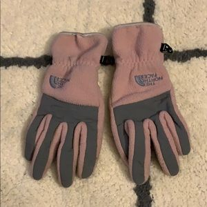 Used north face winter gloves